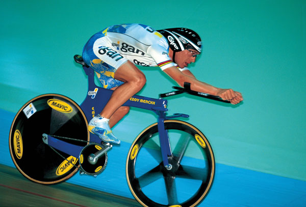 Boardman during his Hour Record bid (CW)