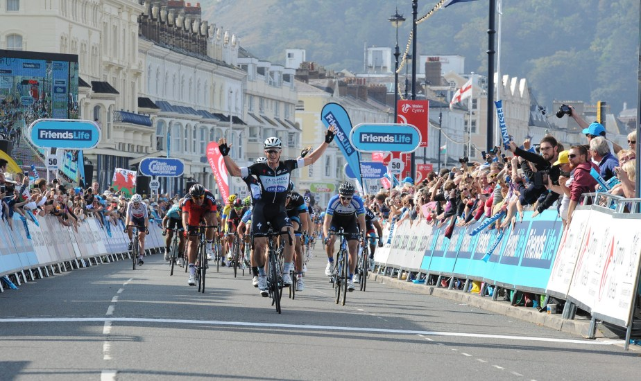 Mark Renshaw took his first win of the season (TOB)