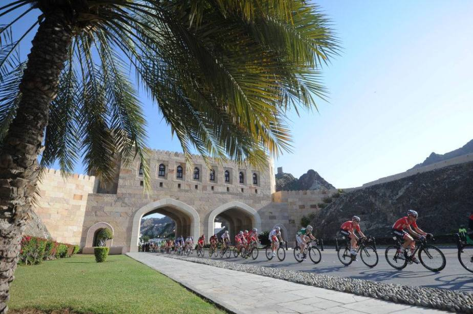 The peloton at the 2014 Tour of Oman (ASO)