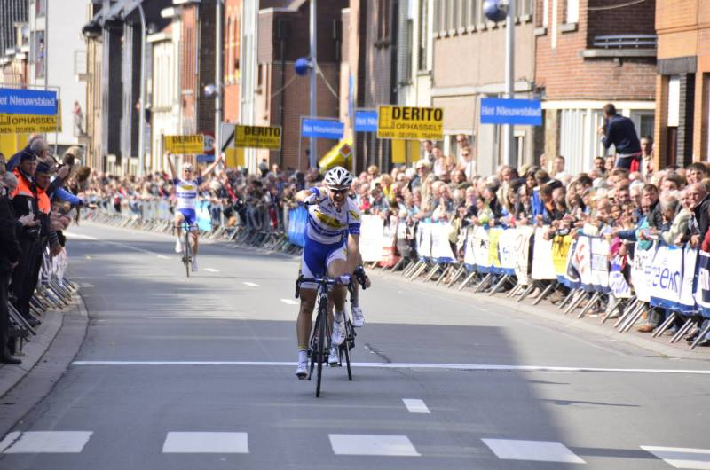 His maiden pro victory (gpzottegem.be)