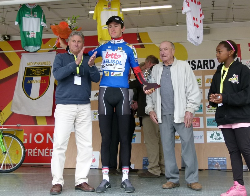 Winning the youth jersey at the 2014 Ronde de l'Isard (Flickr Ronde de l'Isard)