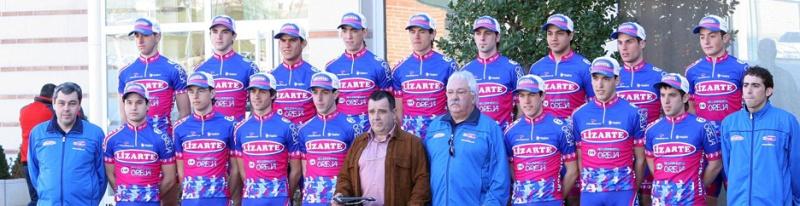 Amador at Lizarte in 2007 (top row, third from left) (equipolizarte.com)