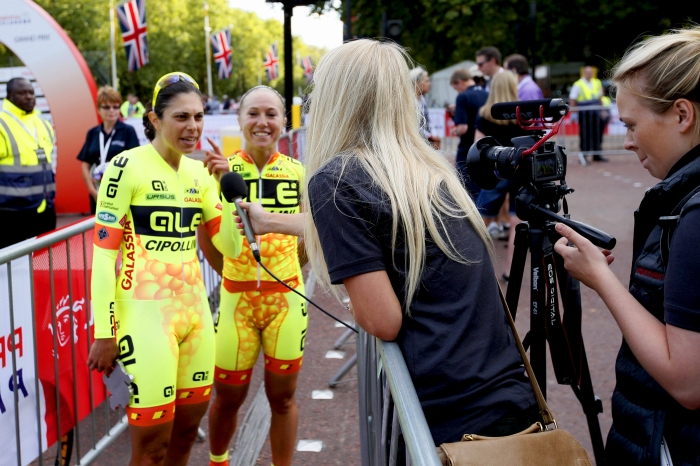 Annalisa Cucinotta & Shelley Olds (Alé-Cipollini) filled out the podium
