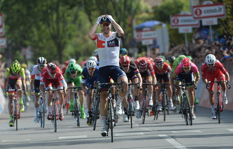 German rider Roger Kluge of IAM Cycling team wins the seventeenth stage of the Giro d'Italia 2016, from Molveno to Cassano D'adda 196 km, Italy, 25 May 2016. ANSA/LUCA ZENNARO